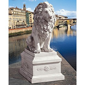 Classic Statue & Base: Watchful Lion of Florence